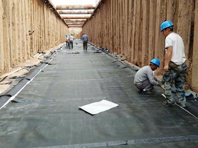 自粘防水卷材用于城市地下综合管廊防水施工时需要注意什么